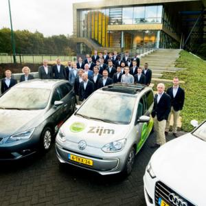 VIDEO Teamfoto met Only For Men, Zijm en Truphone