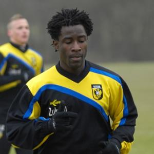 Individual training for Wilfried Bony