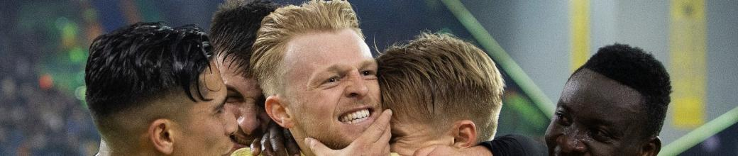 Vitesse pakt volle buit in spannend duel (video)